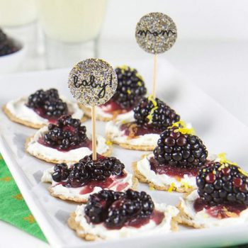 Blackberry Cream Cheese Cracker Bites